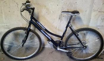 Apró Net/: Eladó egy női 28''-os alumínium vázas mountain bike bicikli - kerékpár