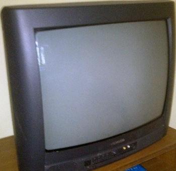 Apró Net/Műszaki cikkek, Elektronika: Eladó egy Thomson márkájú 34 cm-es (13 colos) képátlójú TV távirányítóval - ingatlanok - lakások - alérlet - állás - kiadó - eladó - ingyenesen - feladása - házak - hirdetések